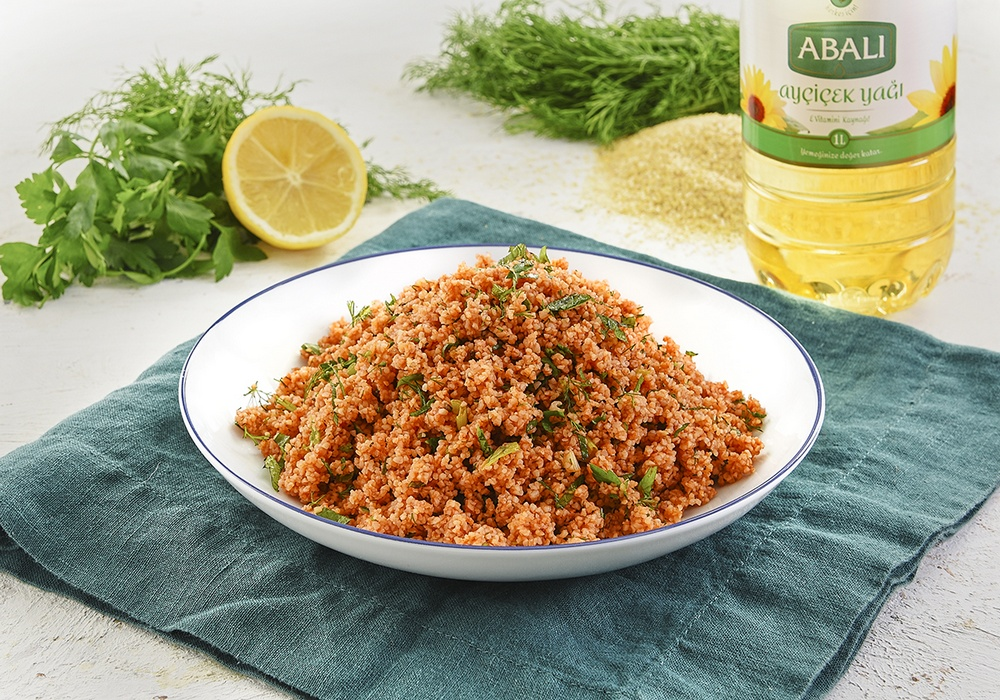 BULGUR SALAD WITH POMEGRANATE SYRUP