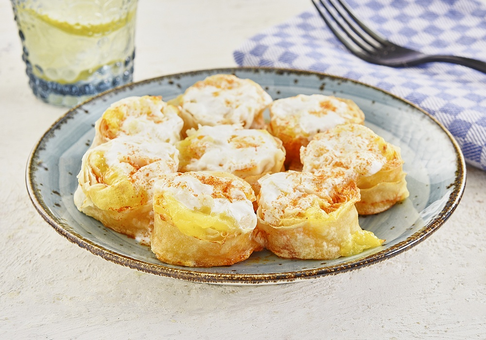 ROLLED PASTRY WITH POTATO AND YOGHURT