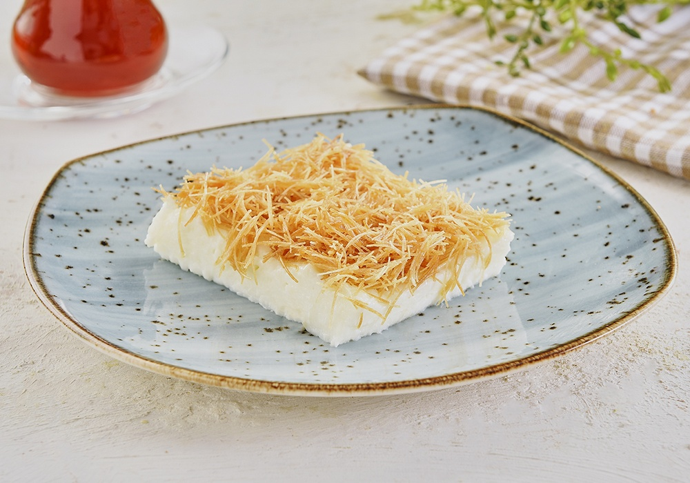 KADAYIF DESSERT WITH CUSTARD